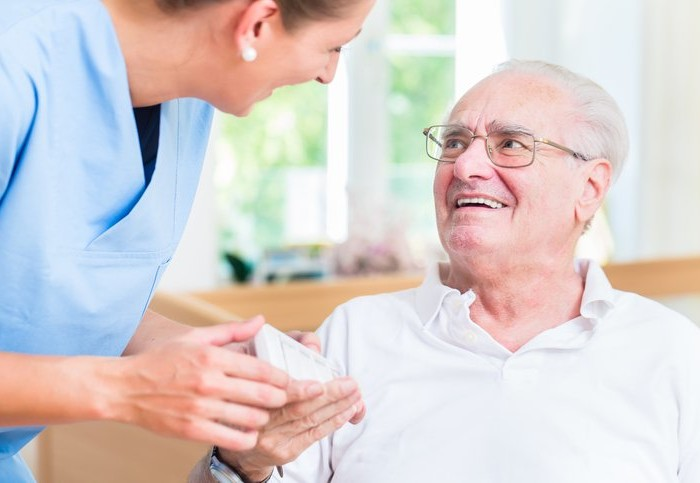 7 Ways In-Home Care Can Help Prevent Mistakes with Elderly Prescriptions
